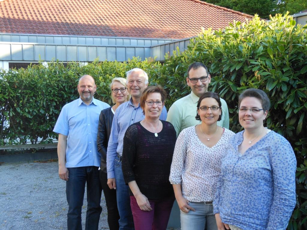 Von links nach rechts: Dietmar Küpper (Beisitzer), Violetta Timofte (Schriftführerin), Michael Plew (Kassenprüfer), Birgit Harder (stellv. Vorsitzende),  Johannes Elstner (Kassierer), Alexandra  Schlüter (Beisitzerin), Sabrina Lendzwald (Vorsitzende)