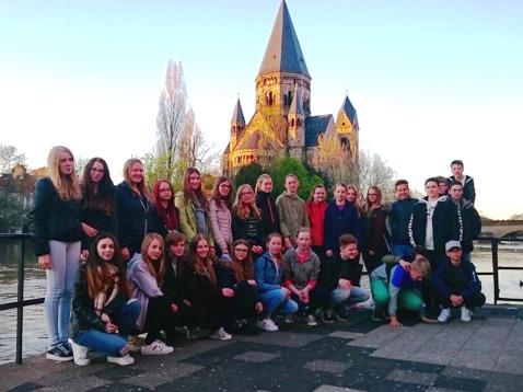 Schülerinnen und Schüler des Französischkurses in der Jahrgangsstufe 8 erlebten drei Tage die Stadt Metz in Frankreich mit vielen Höhepunkten.