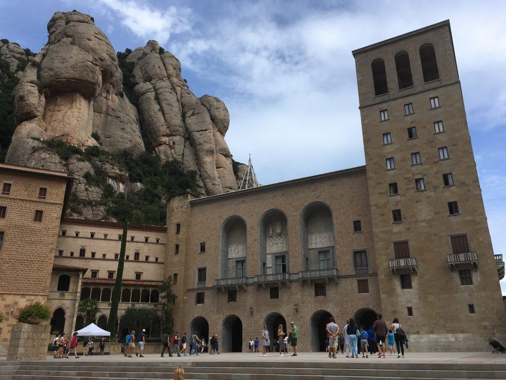 Bild 2 Bergkloster von Montserrat